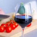 Image of Pitie alkoholu: Musíte zvážiť riziká a prínosy