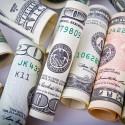 Image of Podvodníci po novom začali dávať za stierače bankovky.